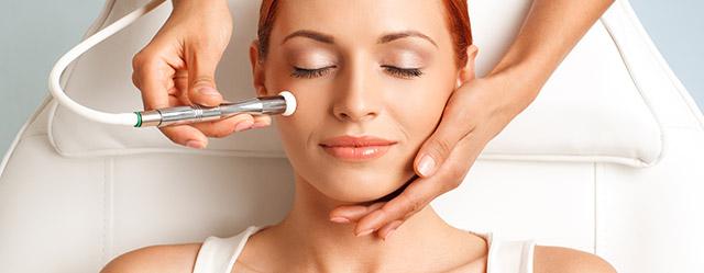 Skin Doctor SA in Semaphore provides microdermabrasion